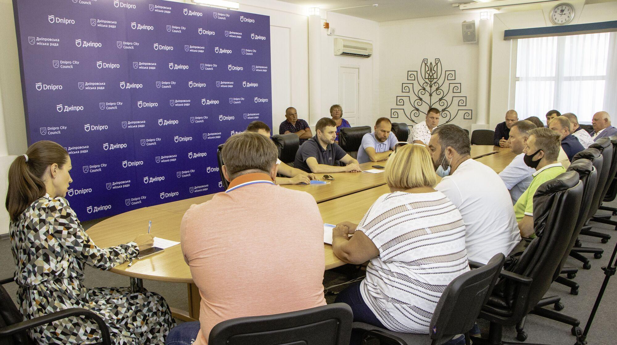 Депутаты обсудили благоустройство Днепра на заседании комиссии Общественного контроля