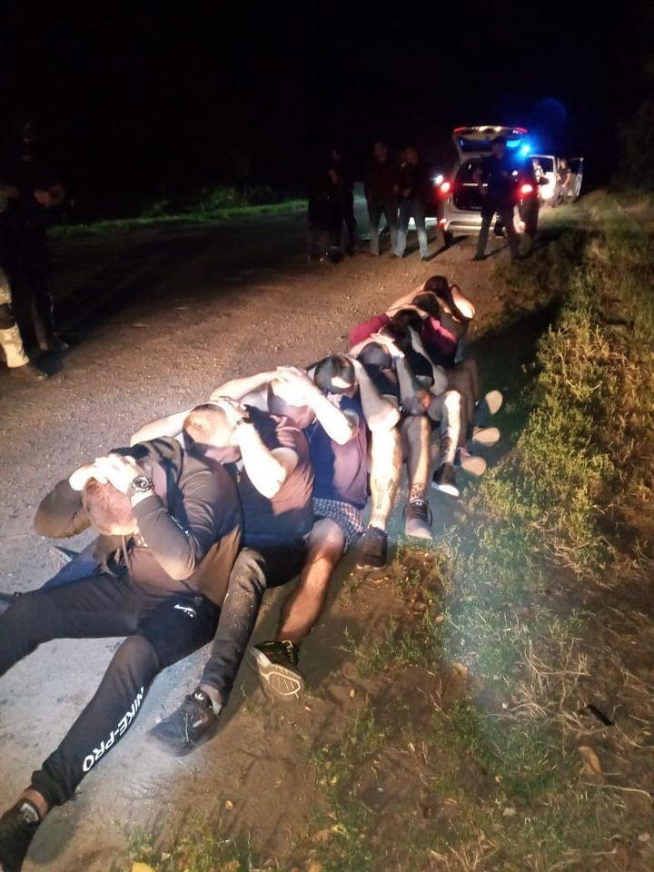 Підозрюваних у нападі на людей Киви затримали в Красноградському районі.