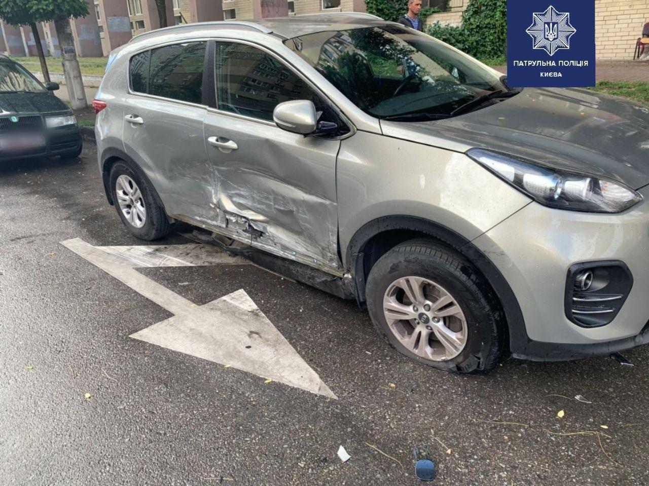 У Києві водій з ознаками сп'яніння розтрощив п'ять авто