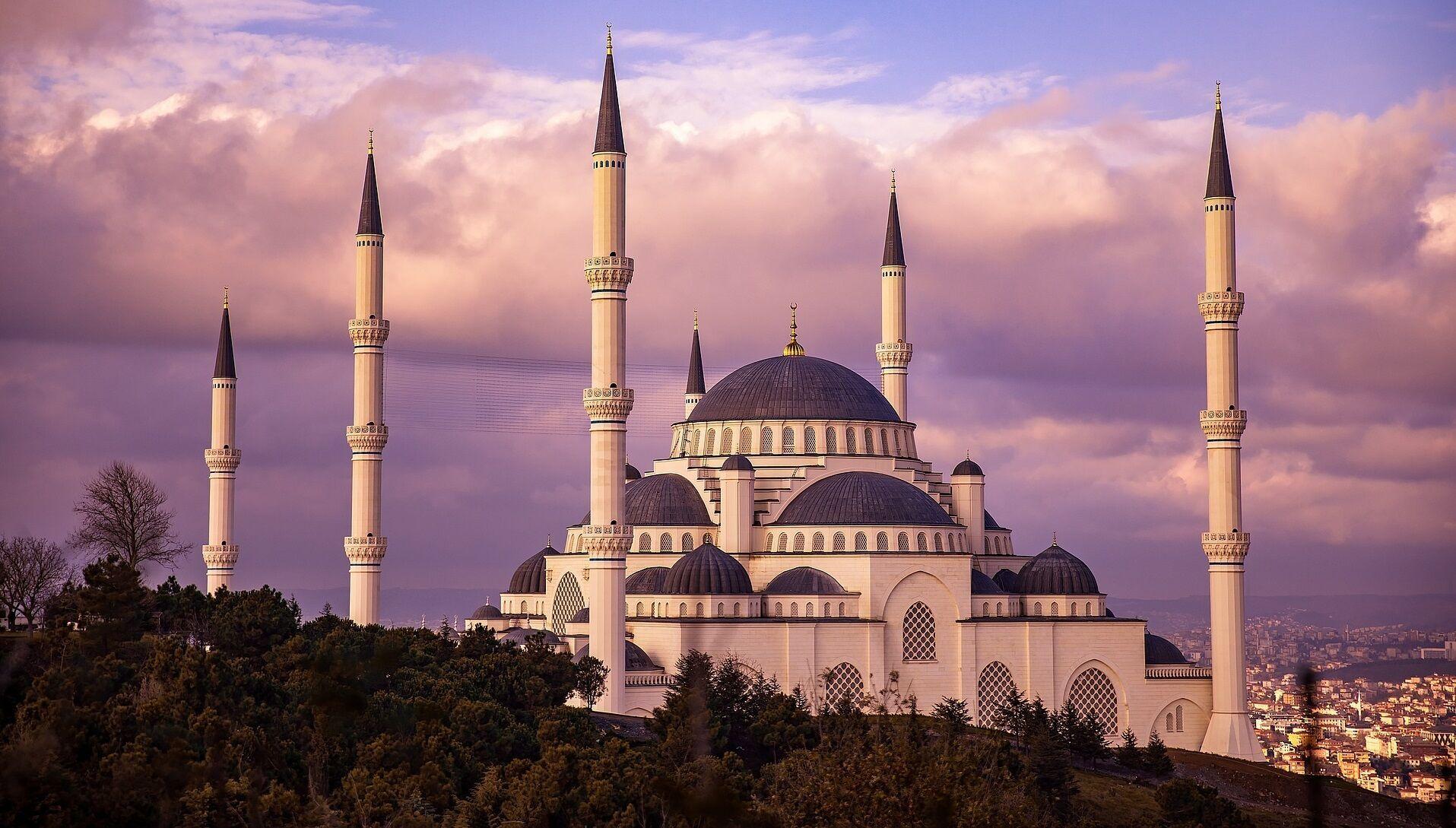 Турция открыла границы для иностранцев