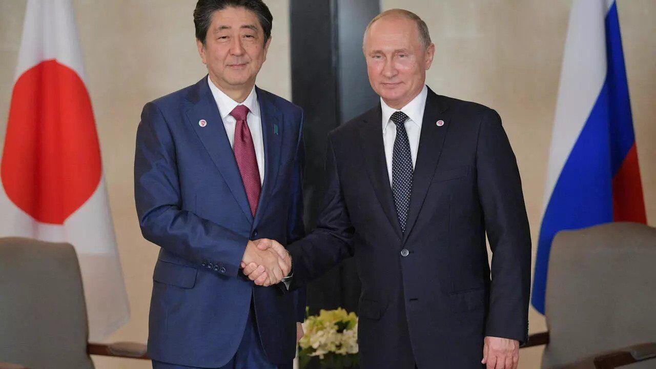 Синдзо Абэ и глава РФ Владимир Путин