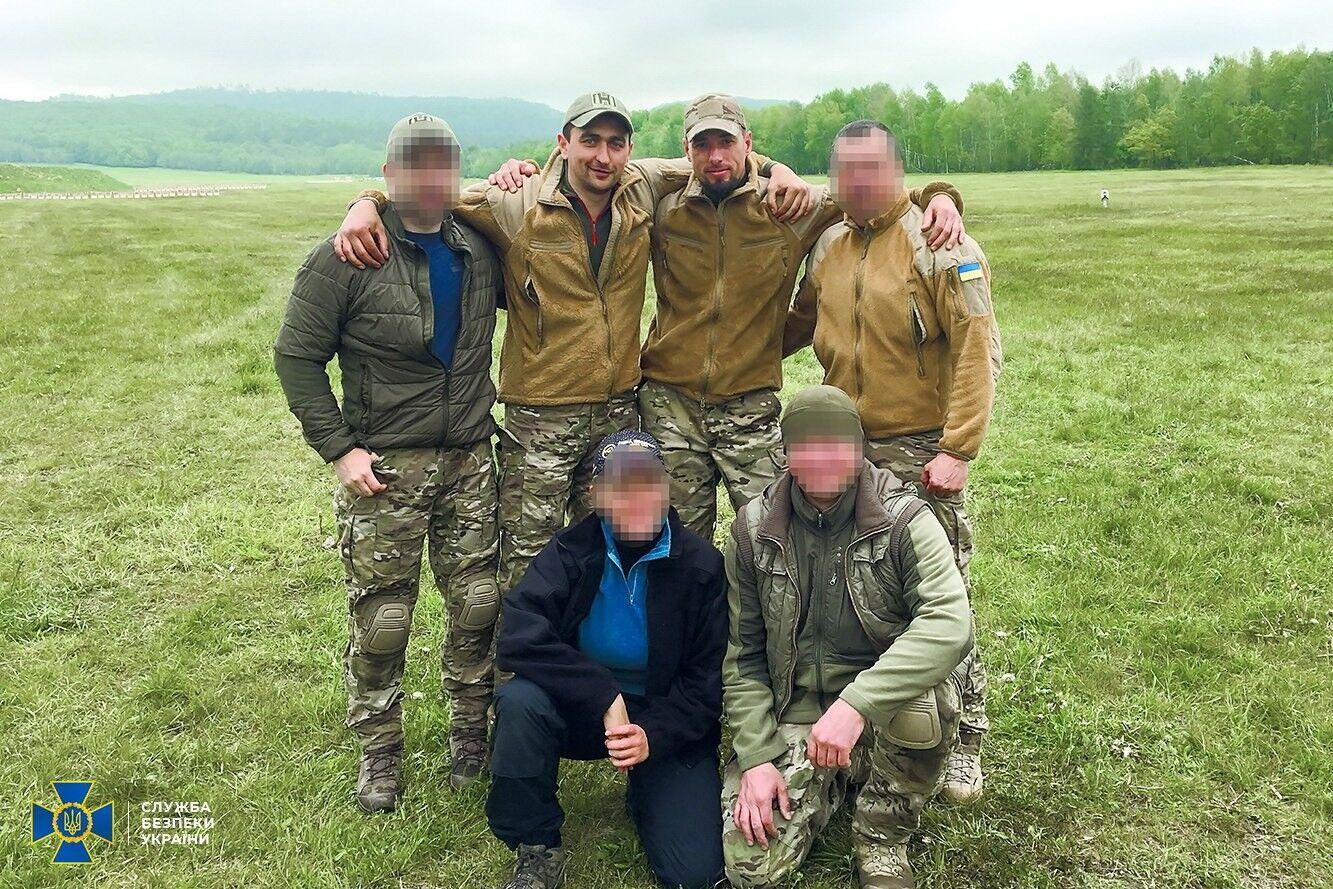 Полковники Волочаев и Каплунов с побратимами