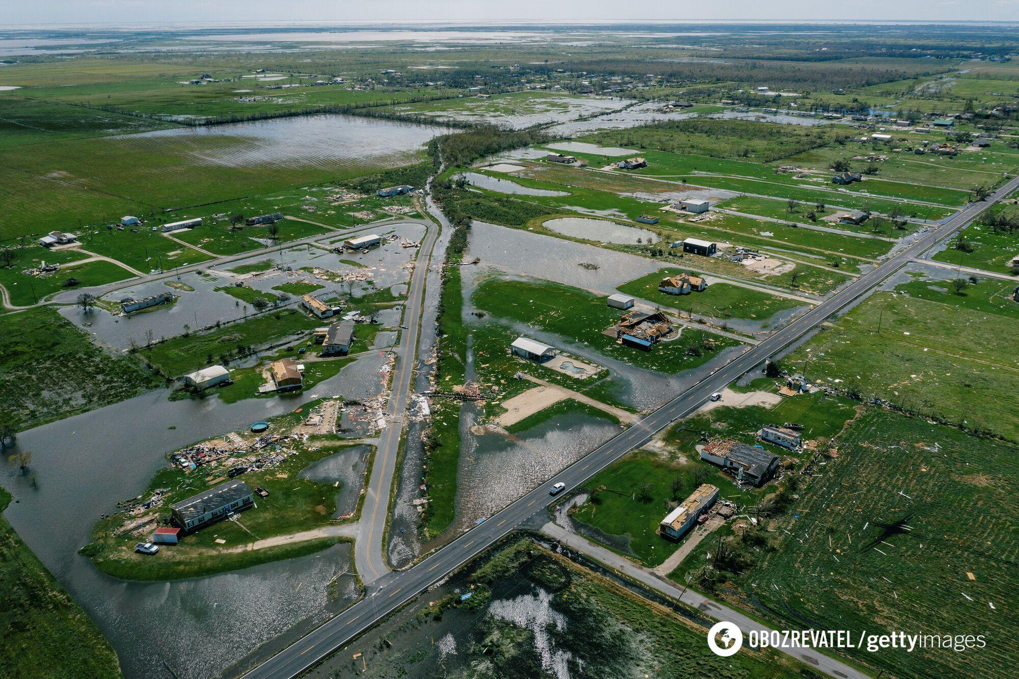 Стихия вызвала небольшое наводнение