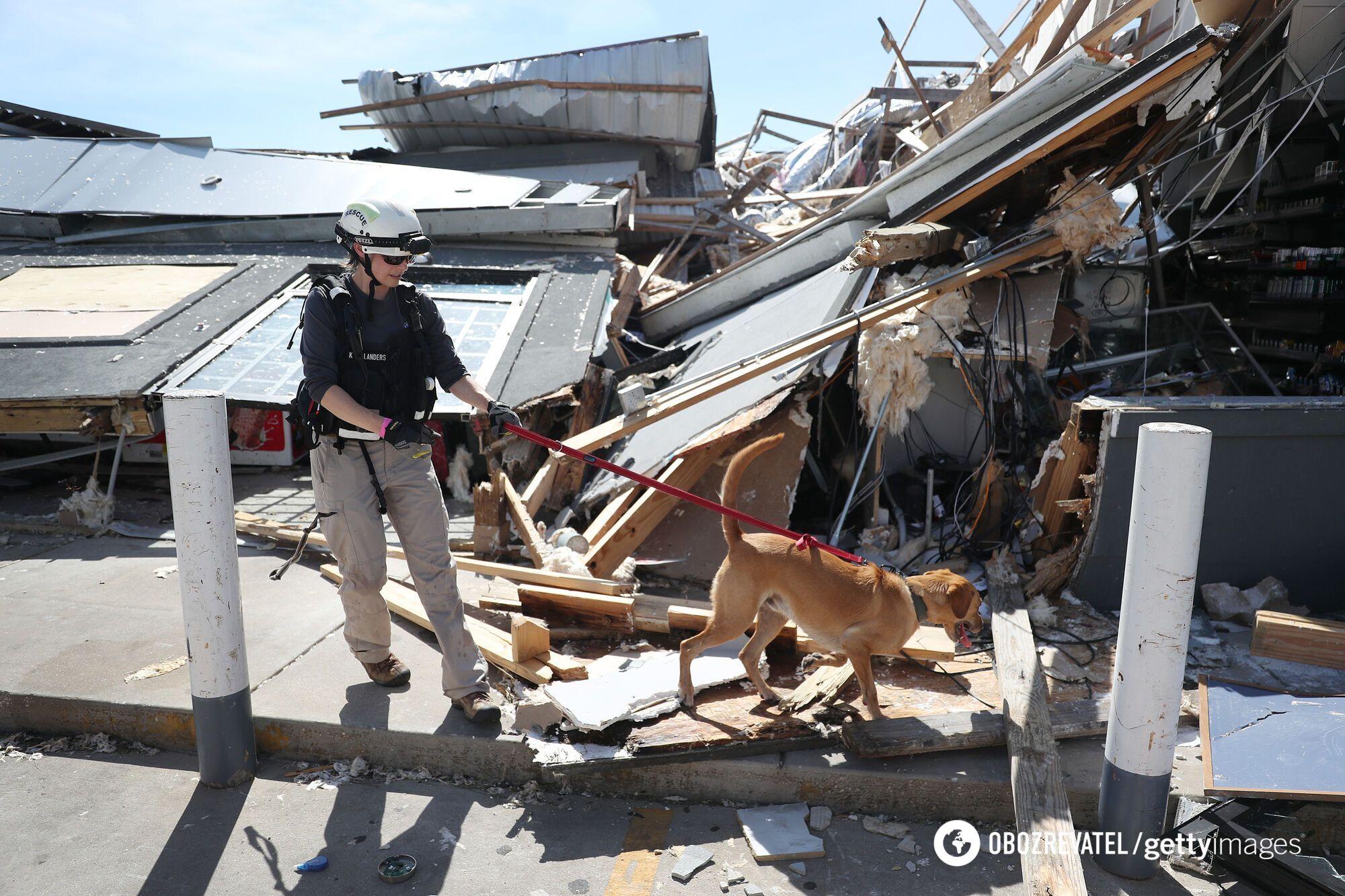 Из-за урагана погибли шесть человек