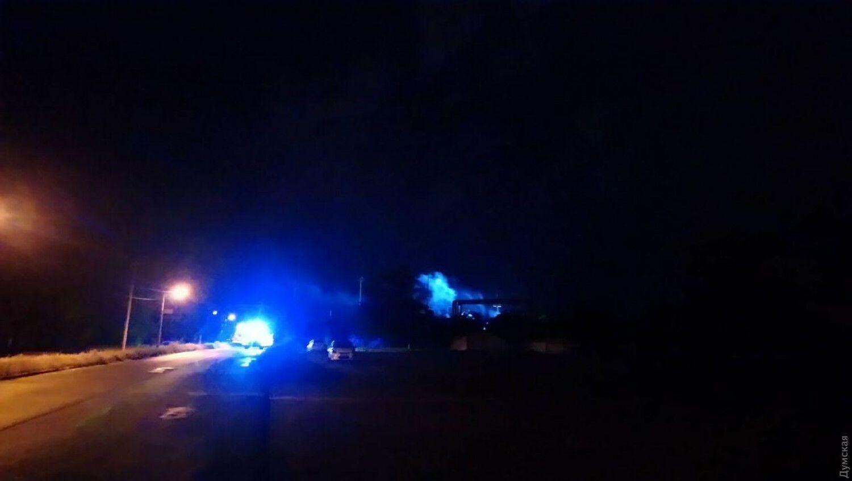 На території Одеського НПЗ вибухнула підстанція