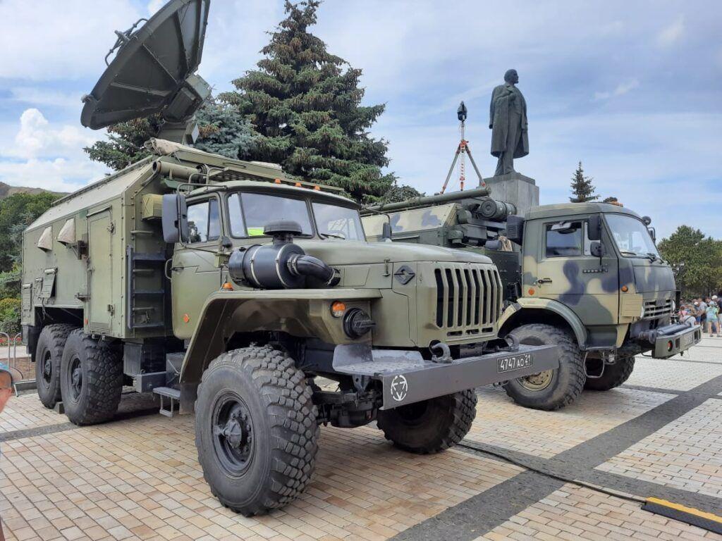 Новости Крымнаша. Уберите танки от наших домов!