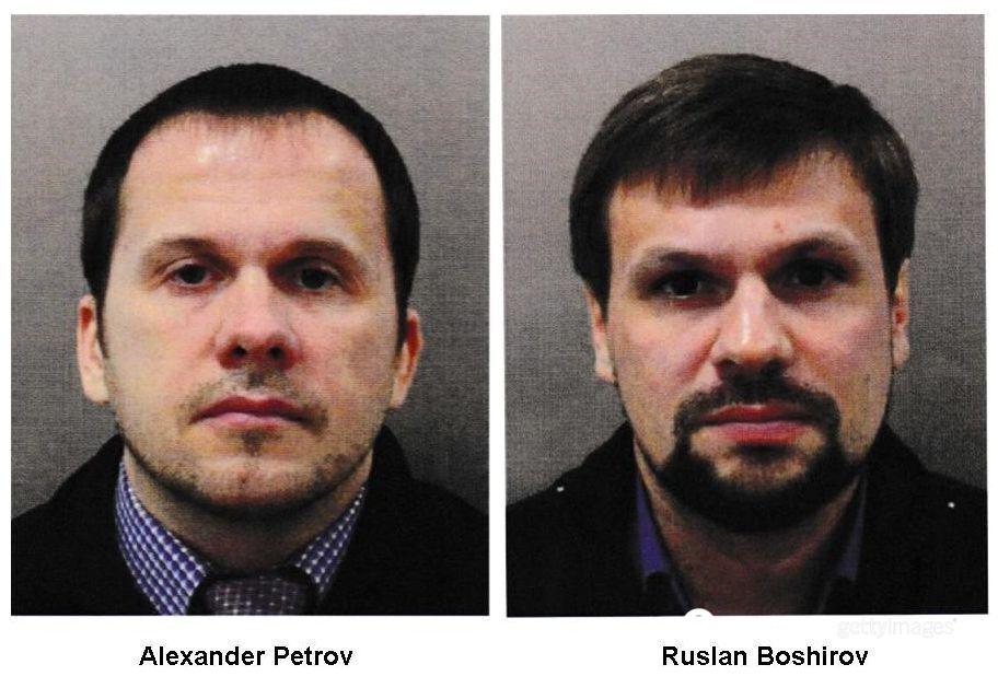 """Розкриті співробітники ГРУ """"Олександр Петров"""" (Олександр Мишкін) і """"Руслан Боширов"""" (Анатолій Чепіга) заявили, що в Солсбері були як туристи і милувалися на шпилі"""
