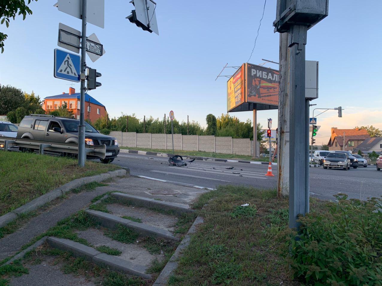 В Харькове грузовик устроил ДТП