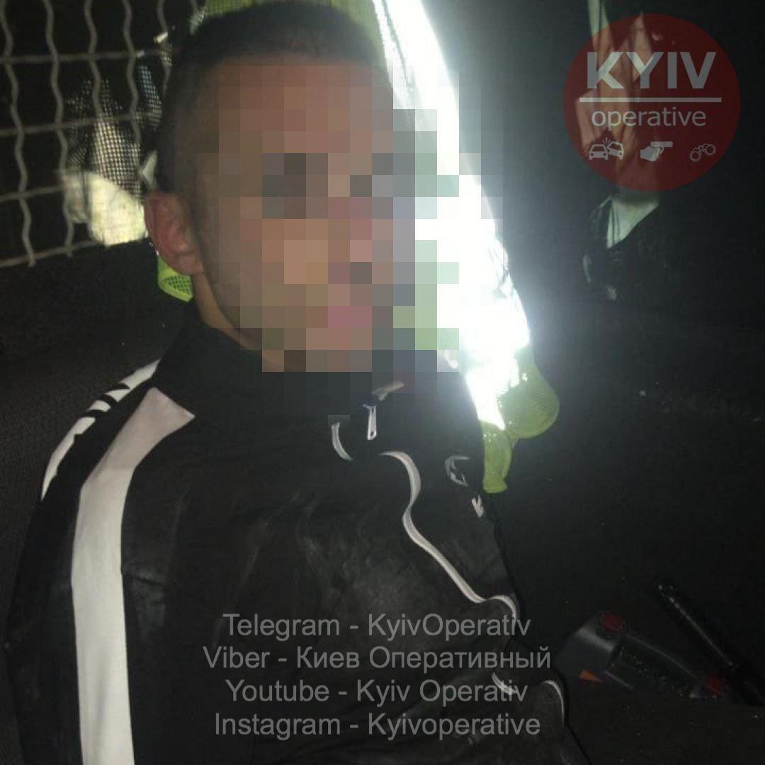 З викрадачем дитини на Київщині працюють правоохоронці