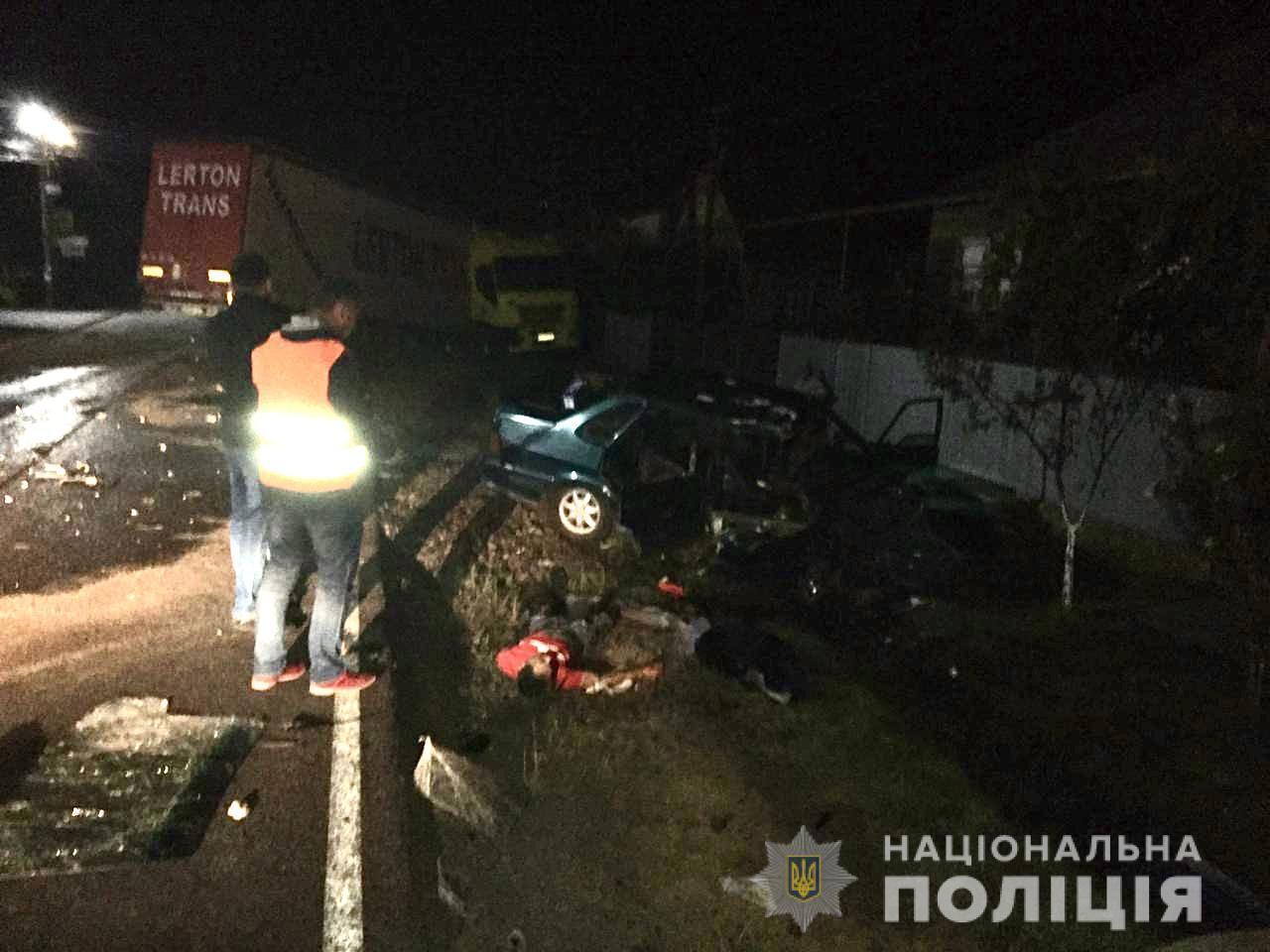 На Закарпатье водитель выехал на встречку и устроил пьяное ДТП