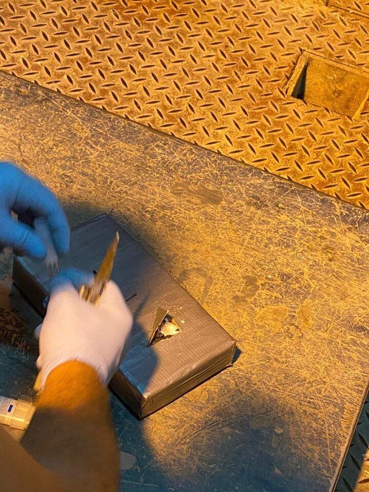 Затримано рекордні 56,4 кг кокаїну з Еквадору