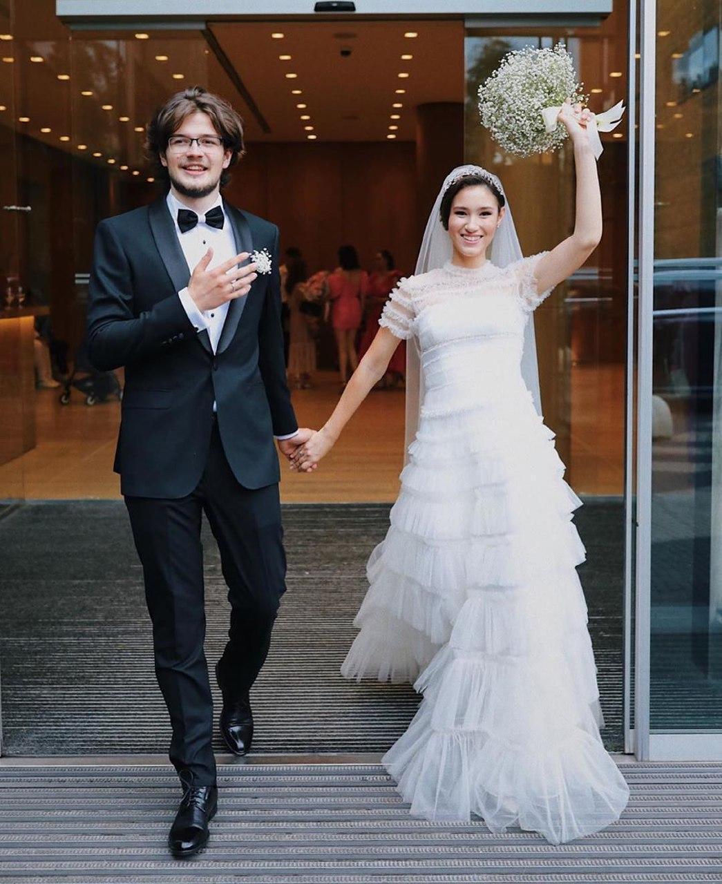 Дочка Бориса Нємцова вийшла заміж в 18 років