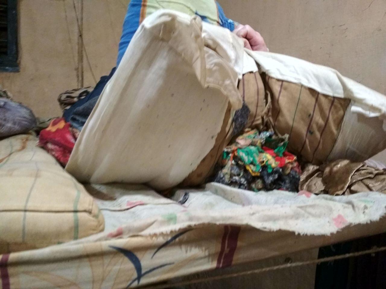 Проверяющие отметили изношенность матрасов, подушек и одеял