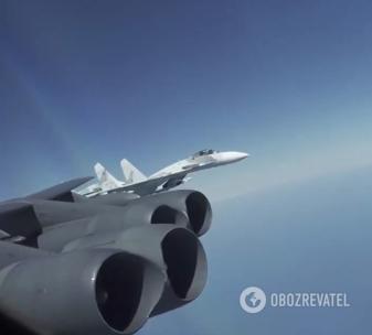 Винищувач Су-27 ВКС РФ здійснив перехоплення бомбардувальника ВПС США над Чорним морем