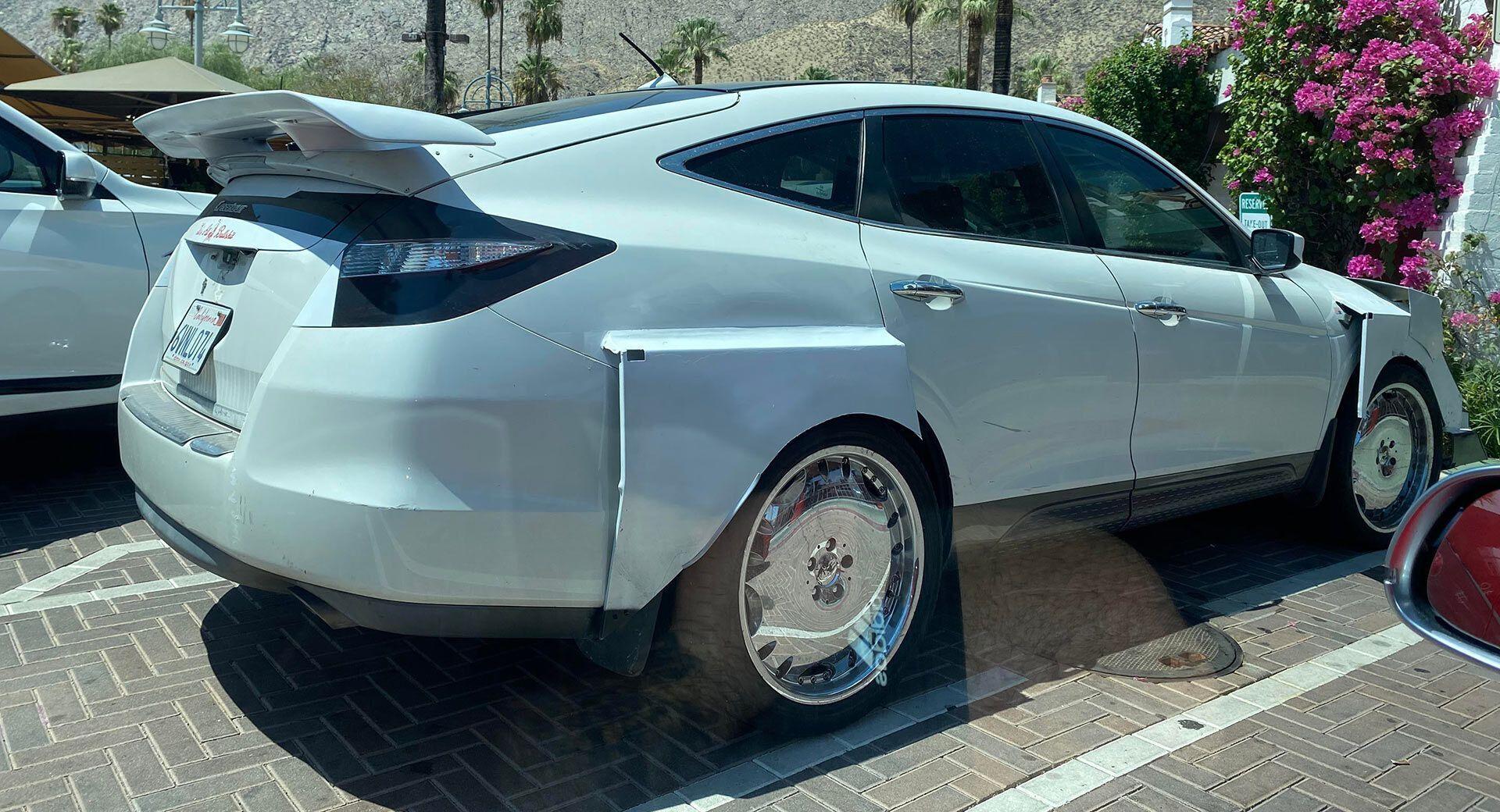 Honda Crosstour в стилі Lamborghini Urus