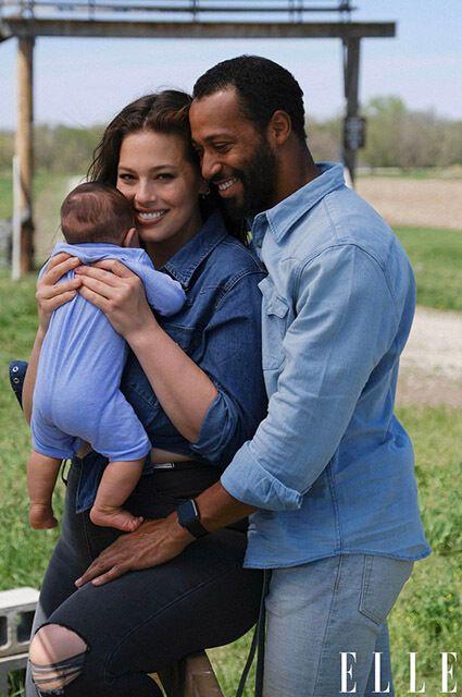 Эшли Грэм с мужем и сыном