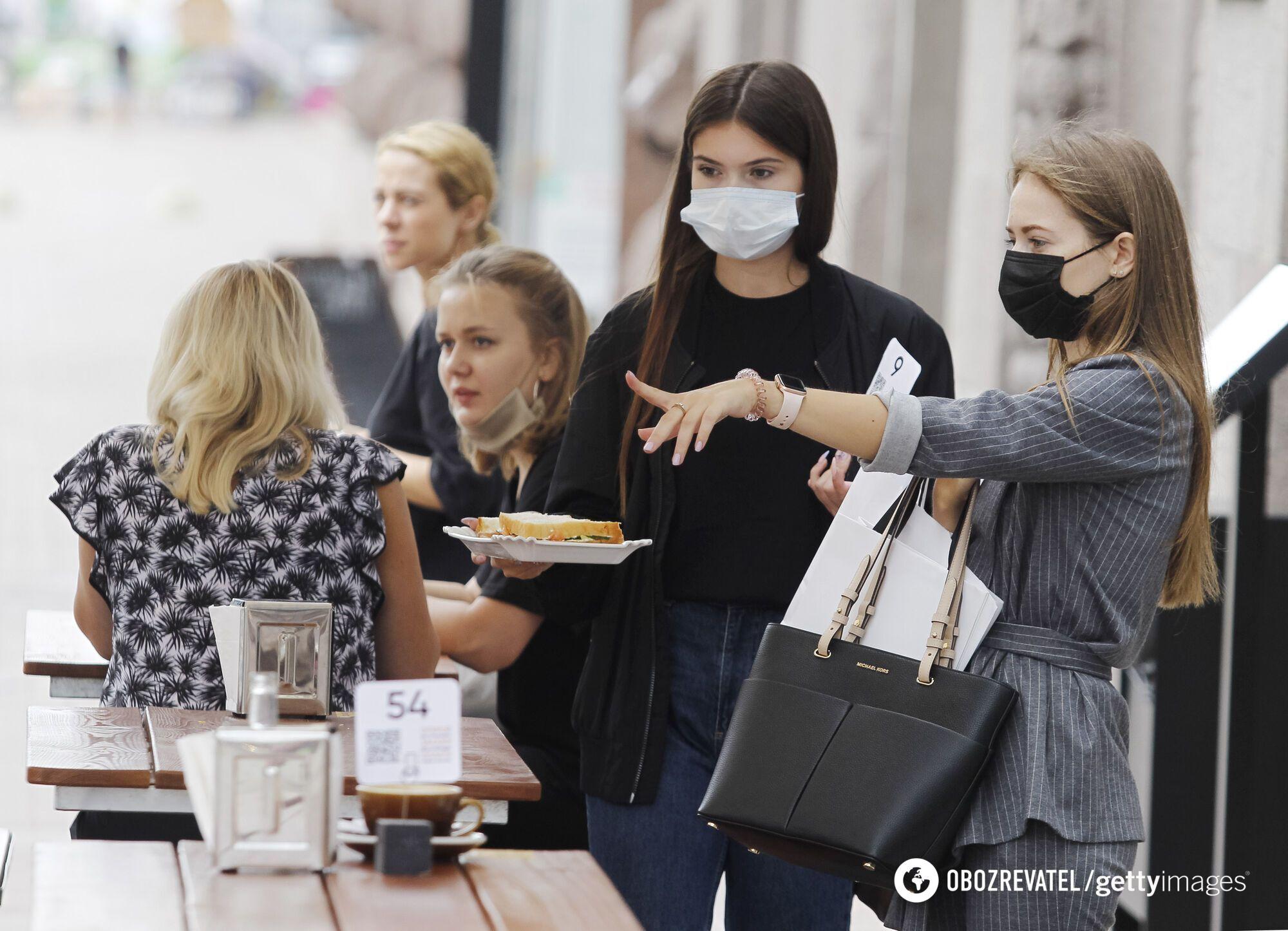 """""""Червоні"""" зони передбачають заборону роботи кафе й ресторанів"""