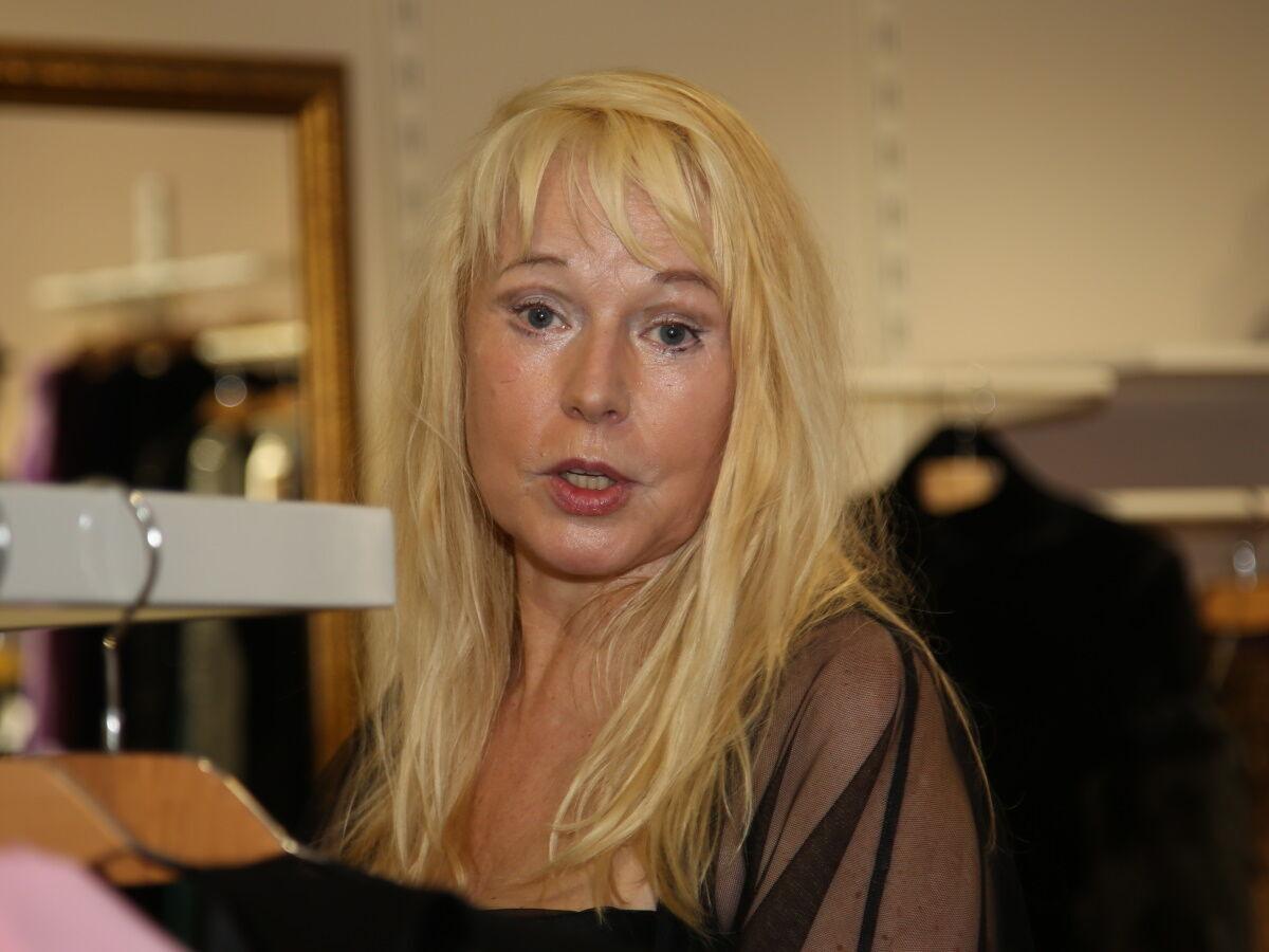 Олена Кондулайнен, яка перенесла інсульт, зламала руку в лікарні (фото: Борис Кудрявов / Експрес газета)