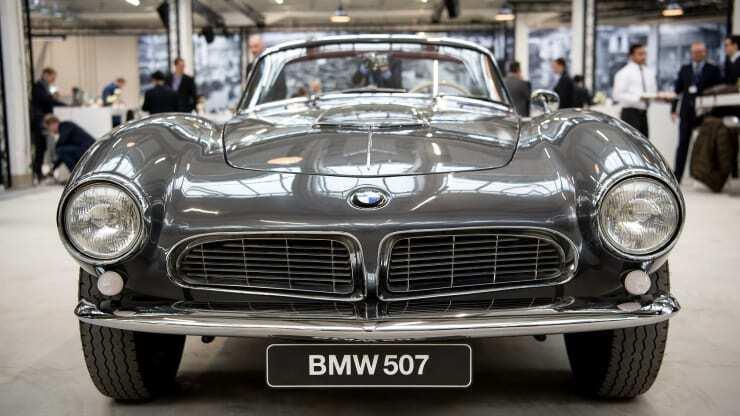 BMW 507 на заводі компанії.