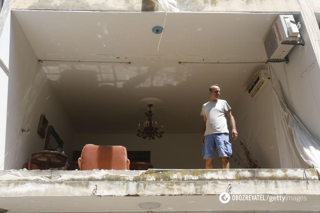 Взрывом выбило окна домов