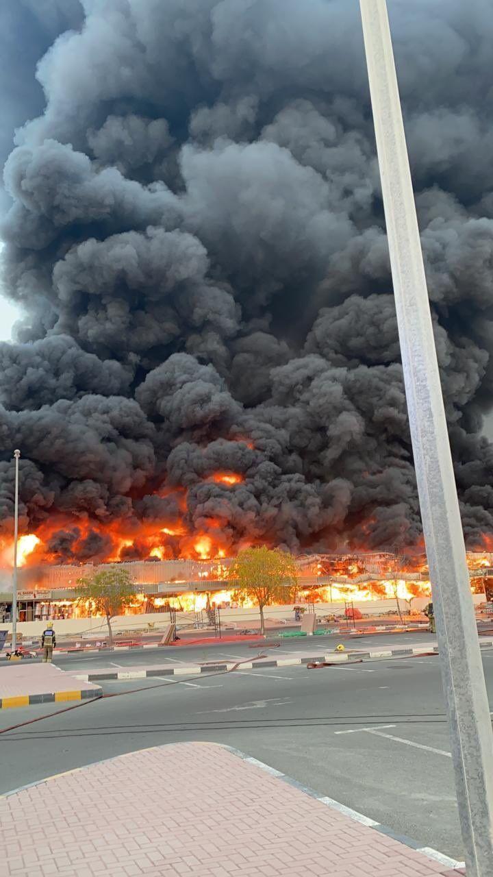 Пожар вспыхнул на рынке в Аджамане.