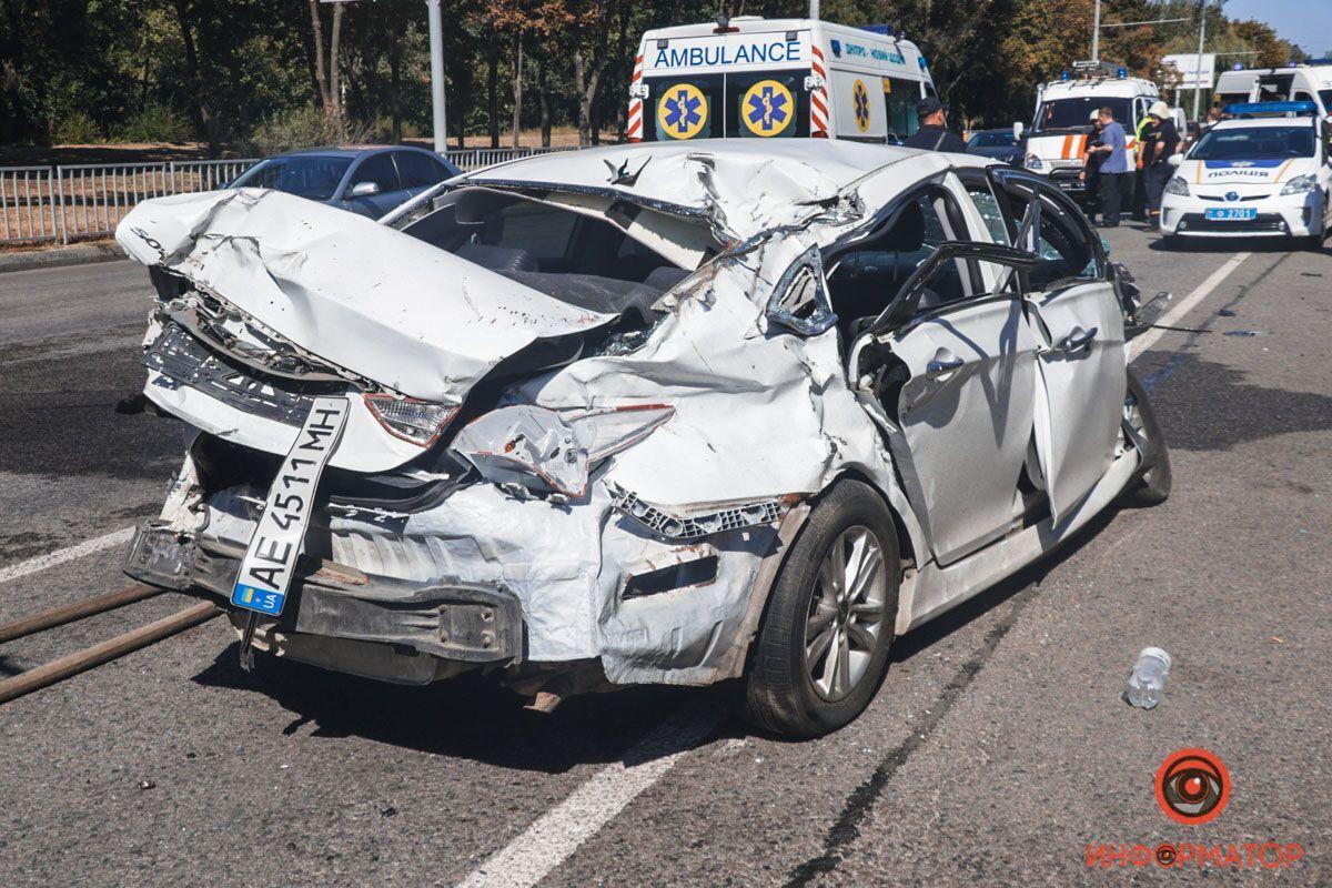 Авто Hyundai после ДТП