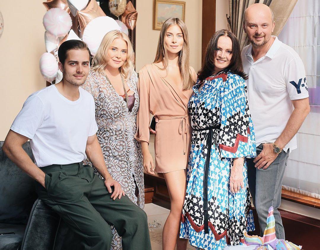 София Ротару с семьей (Instagram Сони Евдокименко)