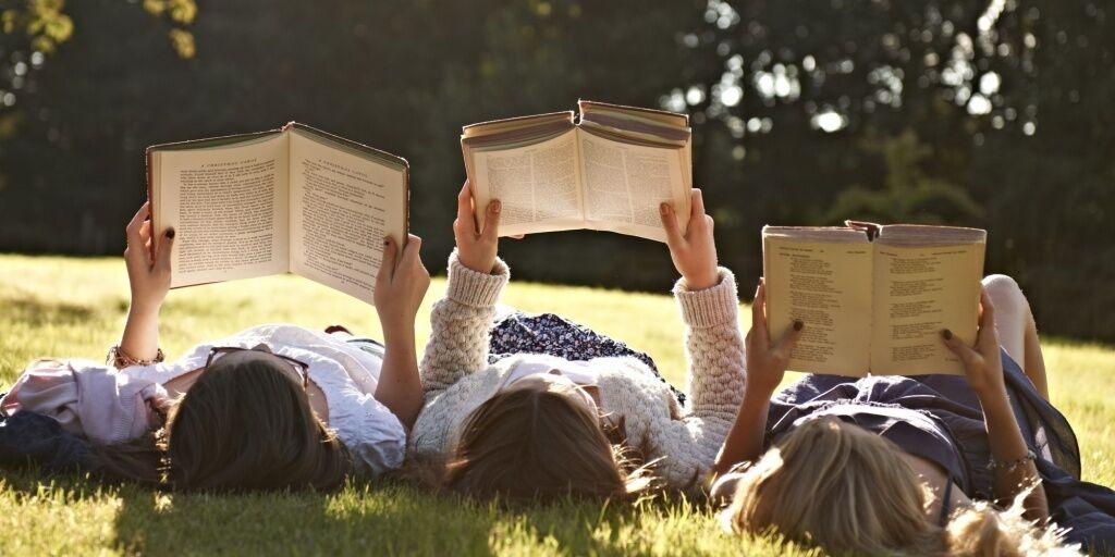 Всемирный день книголюбов: когда отмечают (фото – russkiymir.ru)