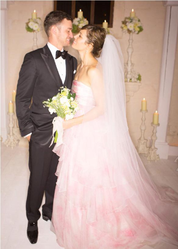 Весілля Джастіна Тімберлейка і Джессіки Біл (фото – hellomagazine.com)