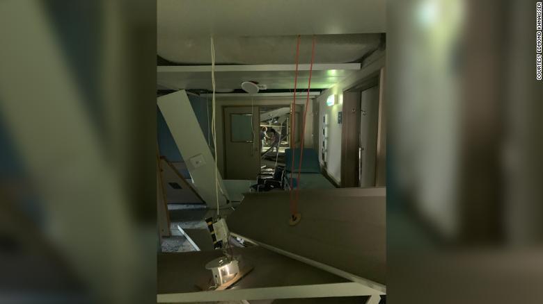 Разрушения в больнице.