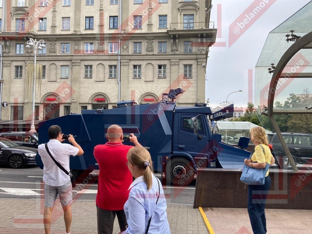 Военная техника на улицах Минска.