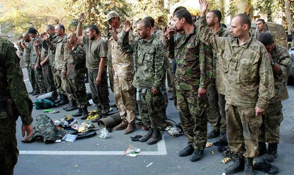У полон під час боїв за Іловайськ потрапило багато українських військовослужбовців