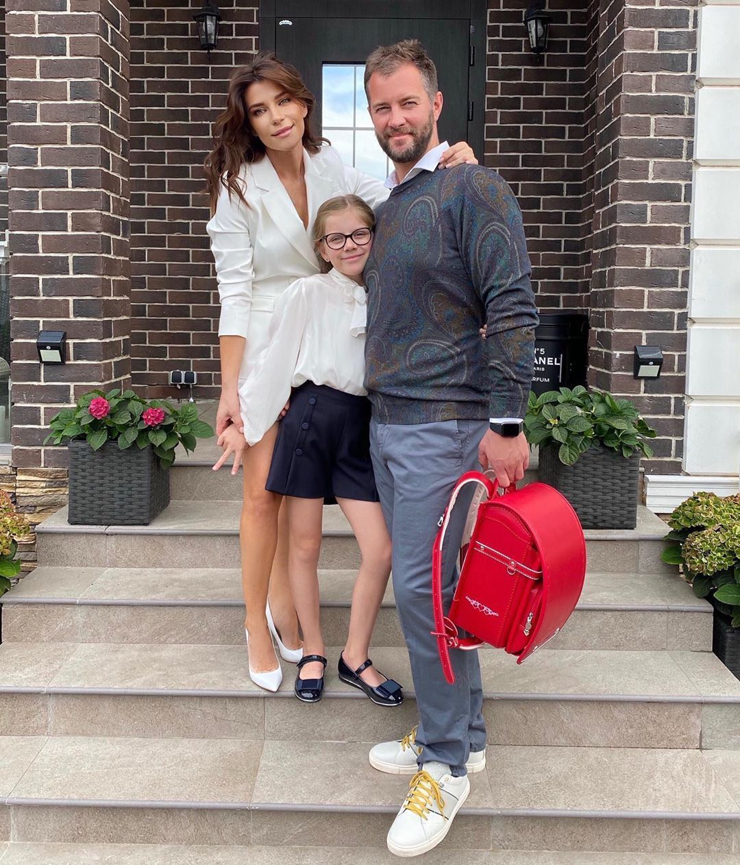 Екатерина Волкова с мужем и дочерью (Instagram Екатерины Волковой)