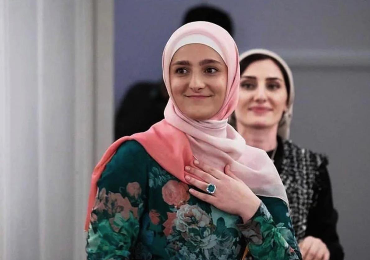 Айшат Кадыровой дали должность в Минкульте Чечни