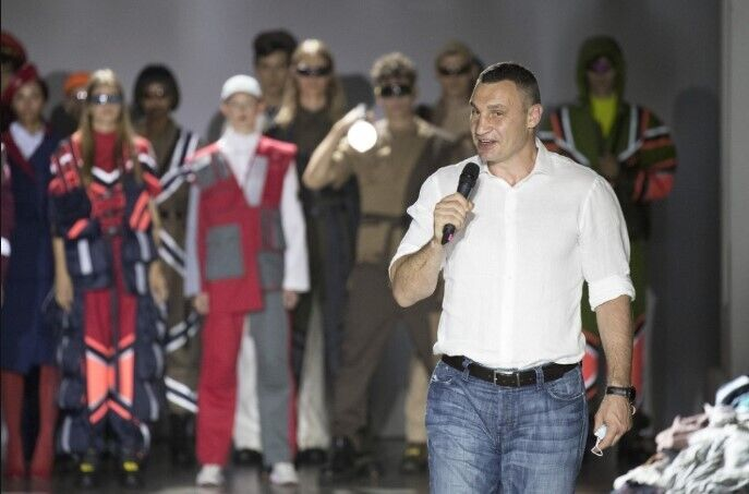 Кличко посетил Ukrainian Fashion Week.
