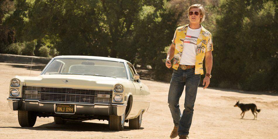 Бред Пітт катався на Cadillac з двохдверним кузовом.