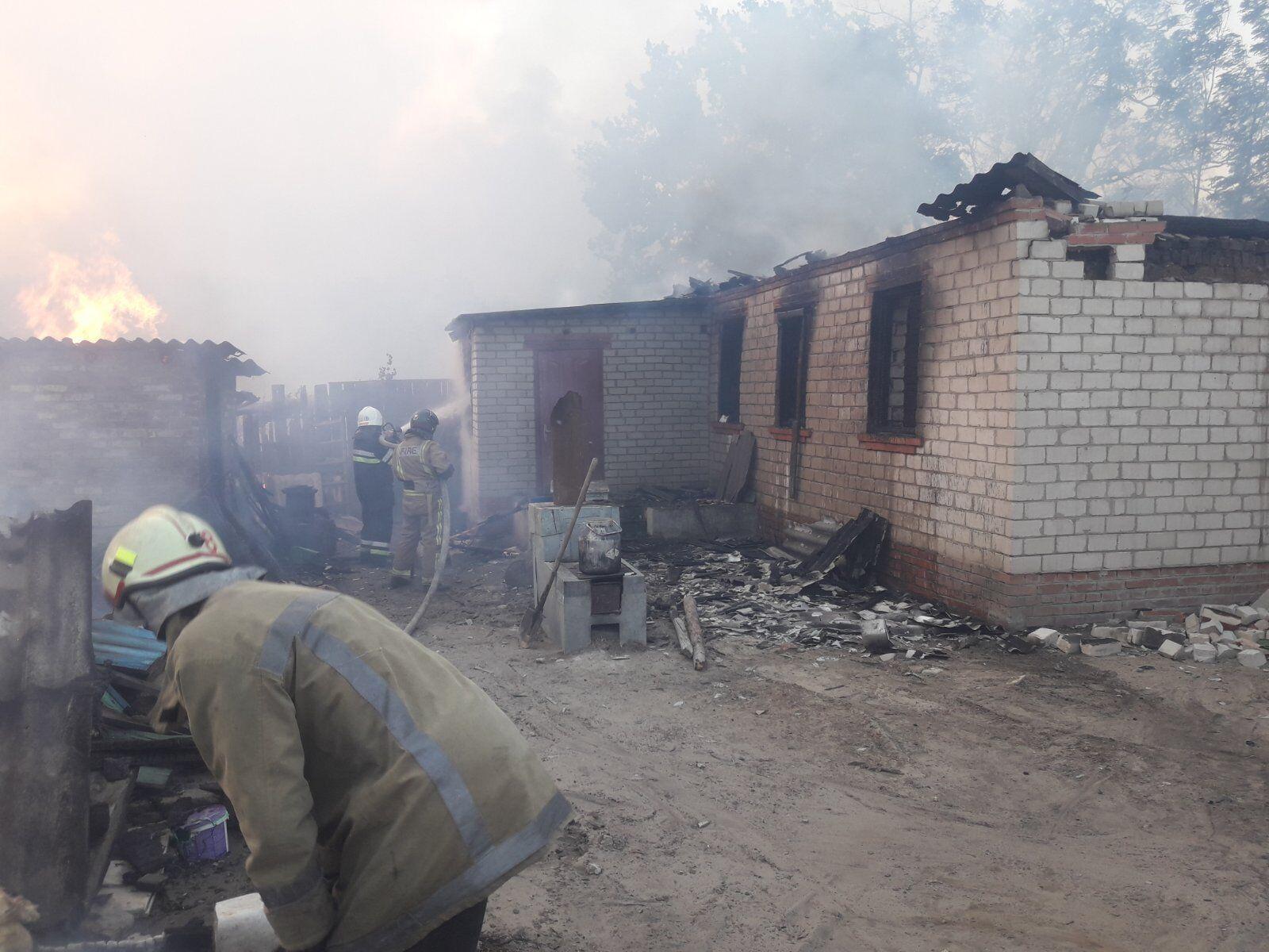 Вогонь знищив будинки