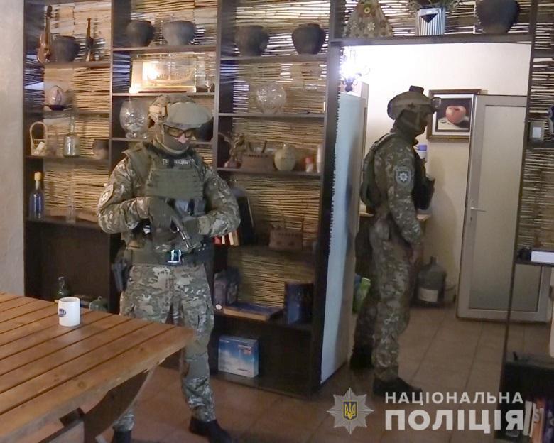 Під час проведення спецоперації правоохоронці затримали обох спільників