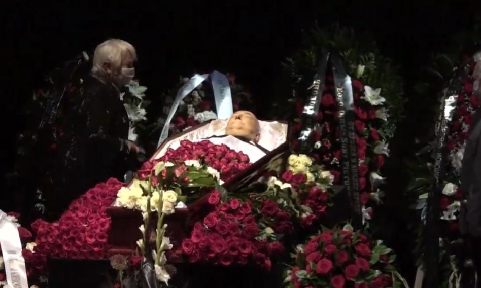 Борис Клюев в гробу.