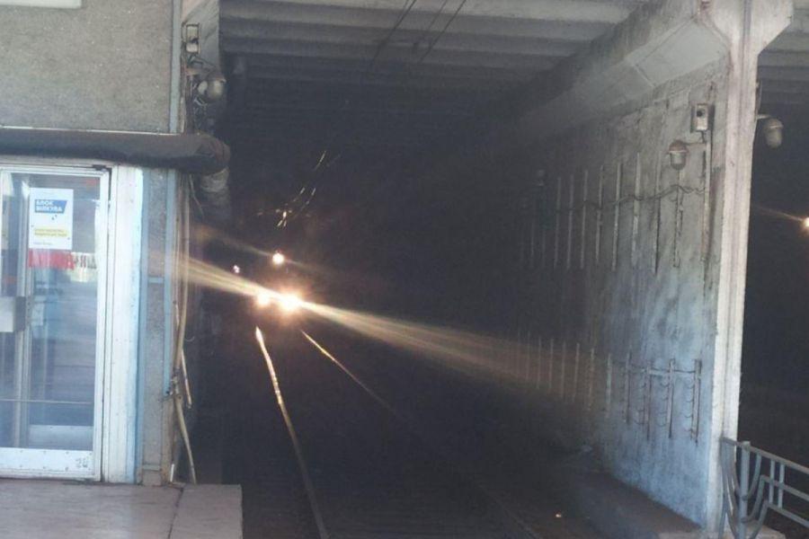 У Кривому Розі швидкісний трамвай зійшов з рейок у тунелі.