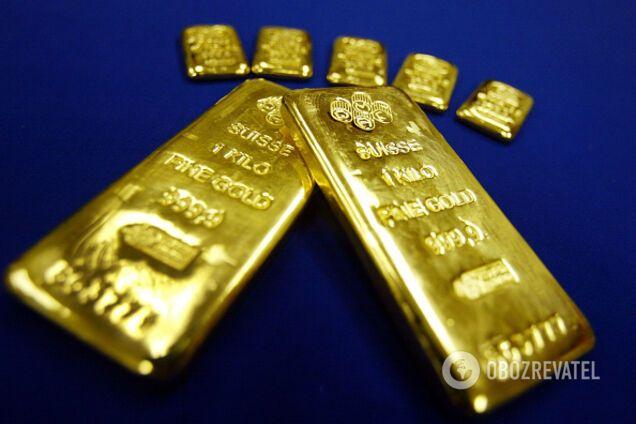 Котировки цен на золото на рынке ценных металлов резко выросли