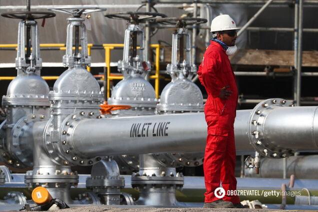 Сделка отменяется? Саудовская Аравия продолжила войну на рынке нефти