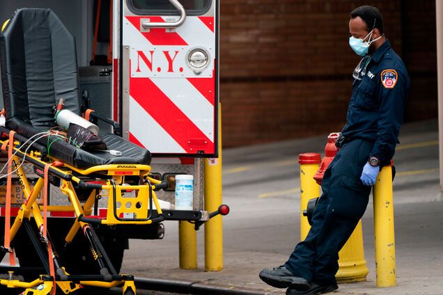 В США коронавирус убил рекордное количество людей за сутки