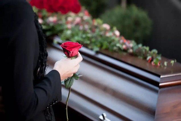 Куда обращаться в Днепре, если умер человек