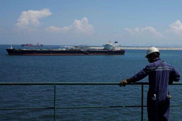 Кризис на рынке нефти усиливается: всплыл показательный момент
