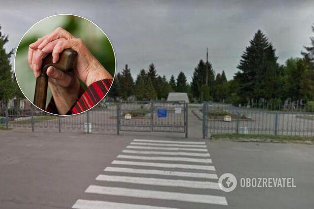 В Ривне пенсионерка застряла на заборе кладбища