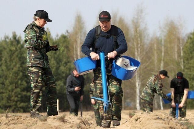 Лукашенко знову відмовився вводити карантин