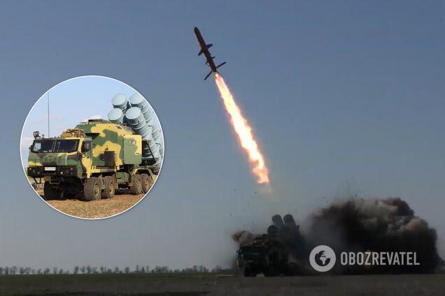 """В Украине успешно испытали ракетный комплекс """"Нептун"""""""