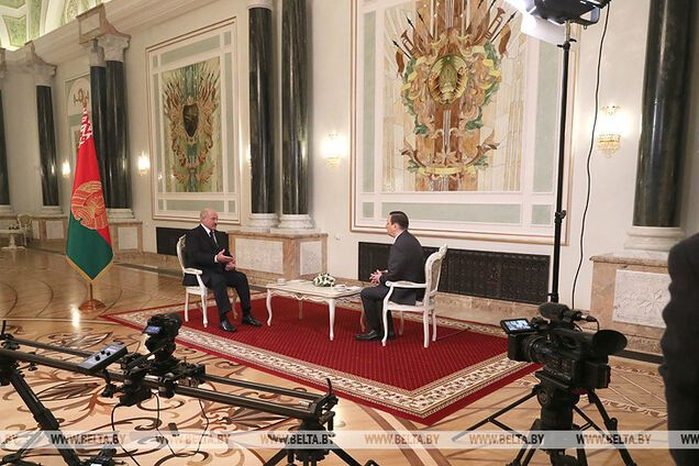 Лукашенко собрался на 9 мая к Путину