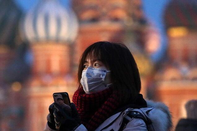 В Китае забили тревогу из-за волны коронавируса из России